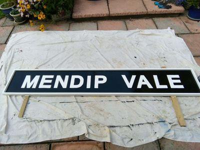 Mendip Vale sign completed