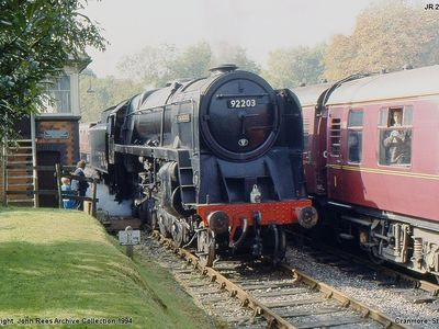 Sat Oct 8th 1994 Black Prince in Cranmore Station as the steam special from Paddington with ex GWR Nunney Castle comes to a halt
