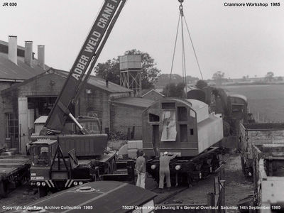 14th Sept 1985. Green Knight's tender top being lowered back into position.