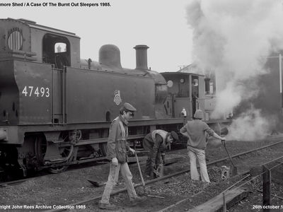 26th October 1985. The Pway gang attend to some burnt out sleepers.