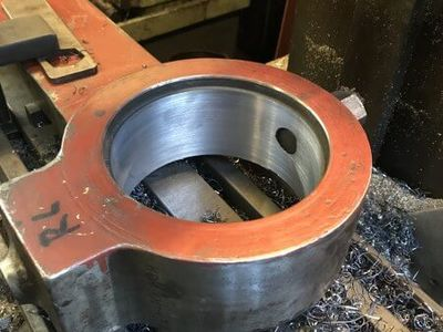 The finished right leading coupling rod bore now round and in the right place!