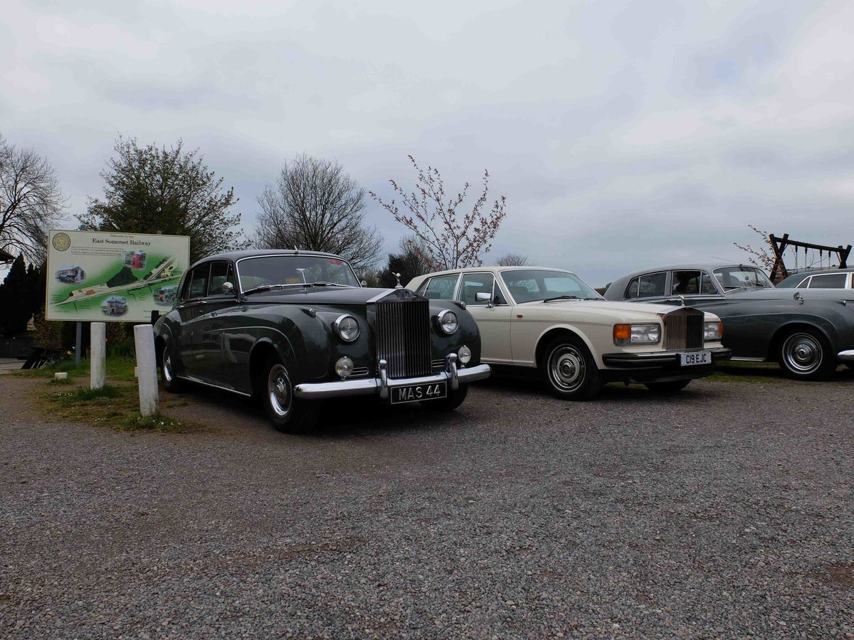 Rolls Royce Enthusiasts visit the Railway